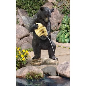 Beehive Black Bear Spitter Piped Statue