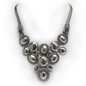 Cadence Necklace and Earrings Ensemble