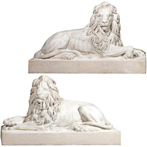 Castle Courtyard Lion Sentinel Statues: Set of Two