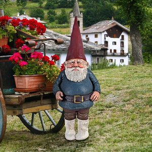Father Friedemann, Patriarch of the Gnome Clan