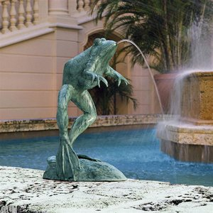 Giant Jumping, Spitting, Leaping Frog Bronze Garden Statue