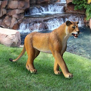 The Grande-Scale Wildlife Animal Collection: Lioness on the Prowl Statue