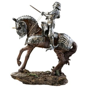 Knights of Blenheim Palace: Silver Knight Sculpture