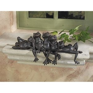 Lazy Daze Knot of Frogs Sill Sitters
