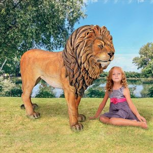 Life Size King of Lions Animal Statue