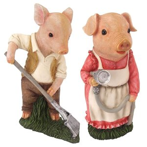 Mama and Papa Pig Gardener Statues: Set of Two