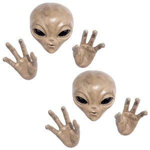 Roswell the Alien Plaque: Set of Two