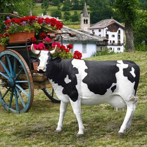 The Grande-Scale Holstein Cow Statue