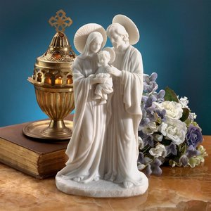 The Holy Family Statue by artist Carlo Bronti